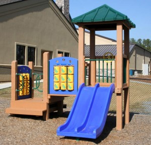 recycled plastic lumber play set image